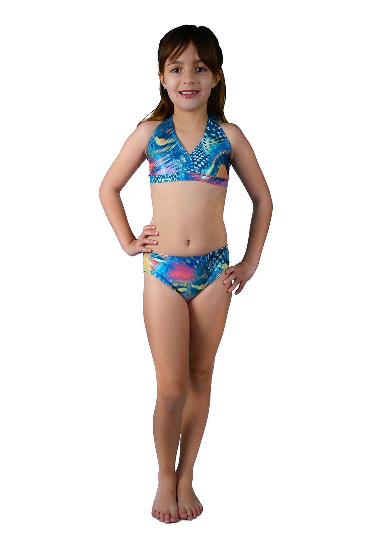 lttle girls in bikinis