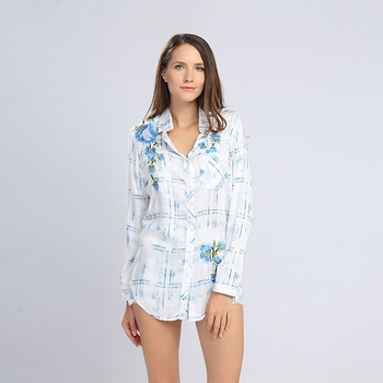 Made in China rayon fashion custom print floral ladies blouses and tops latest design