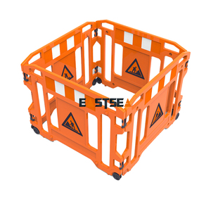HDPE Plastic Road Wheeled Work Gate Barrier
