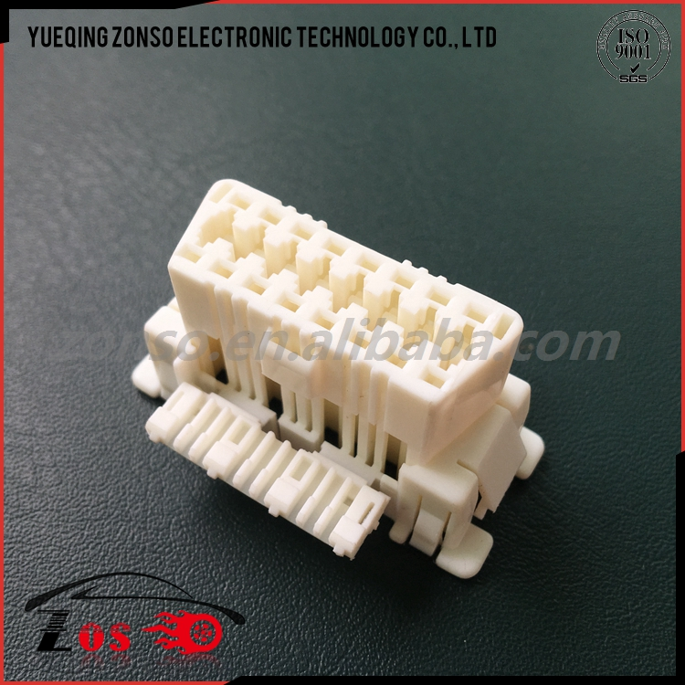 16 way obd2 white female connector