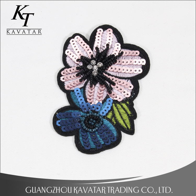 New arrival small flower 3d designs beaded rhinestone sequin applique for decoration