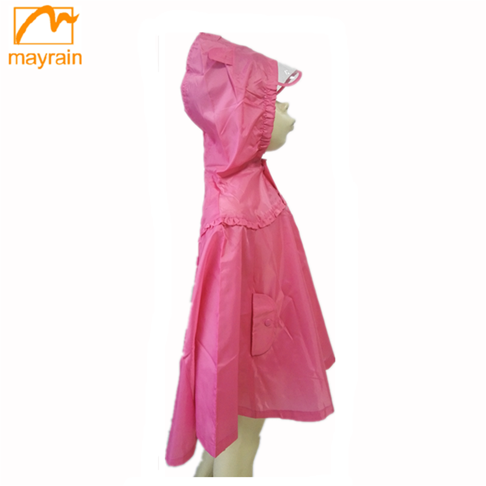 Top Quality Fashion Polyester Fabric New Child's Rain poncho dress coat