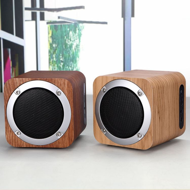 wood wireless bluetooth <strong>speaker</strong> with FM radio