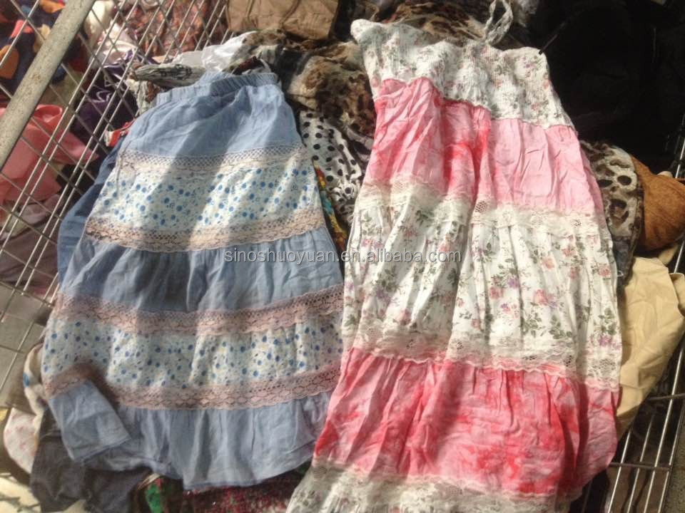 Used clothes summer tropical in bales from UK