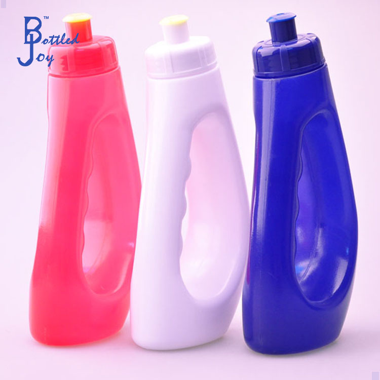 personalized best sports water bottles/handle plastic packaged drinking water bottle