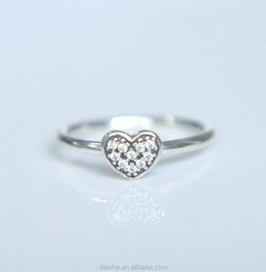 2017 new arrive vintage 100% 925 sterling silver tiny cute heart ring