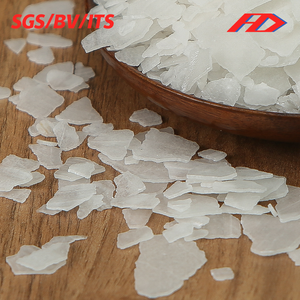 China high quality flakes caustic soda naoh 99% with best price