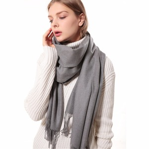 2018 trending product cashmere tassel scarf woman winter pure color shawl thick wholesale scarf