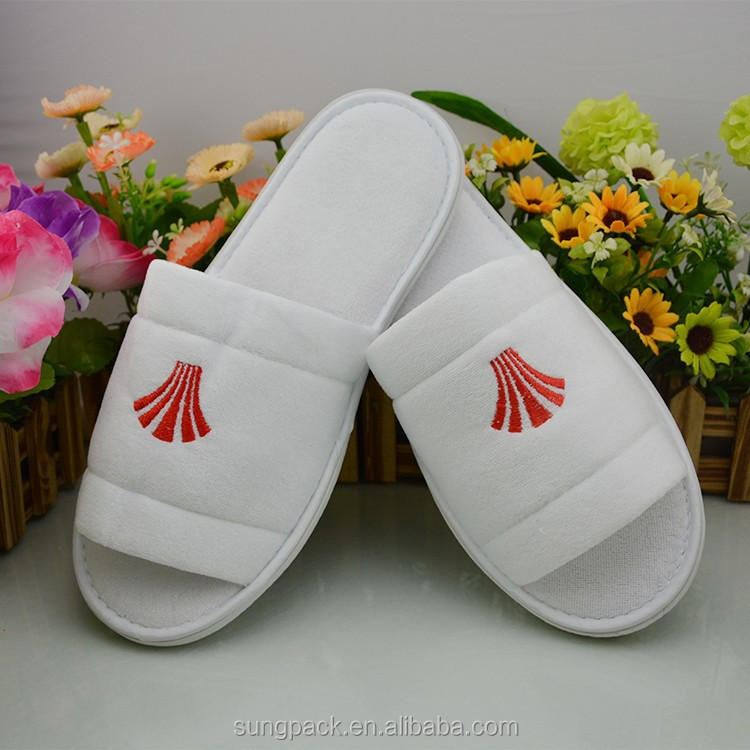 2017 EVA Sole Washable Bedroom Slippers Personlized Custom Embroidered Slippers