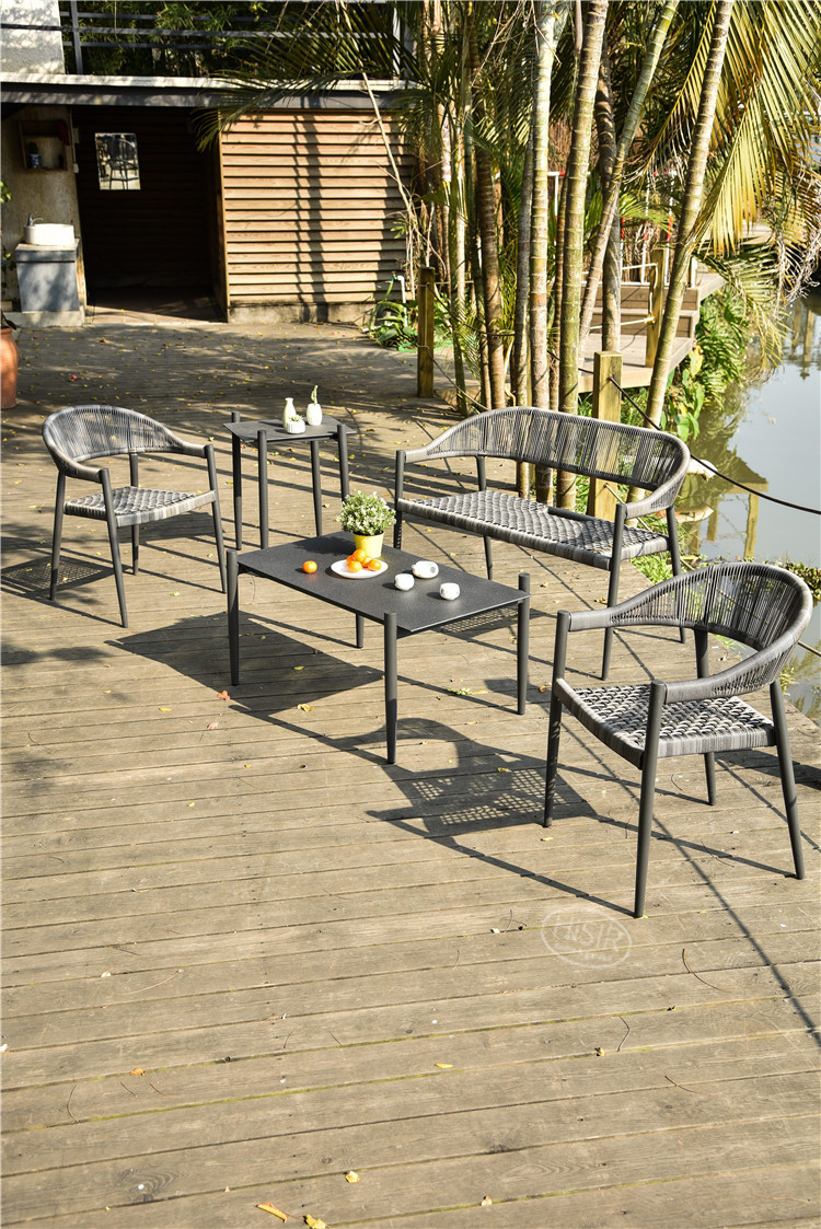 In stock patio rattan sofa set outdoor furniture in competitive price