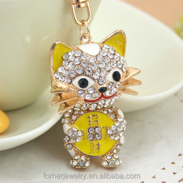 lucky cat Car rhinestone keychain metal alloy Key chains SK899