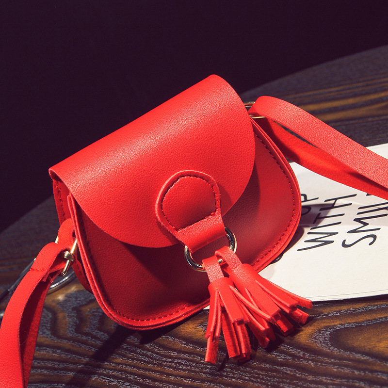 Women Handbag NEW ARRIVE Elegant Letter Girls Shoulder Bag Girl Messenger Tassel Bag