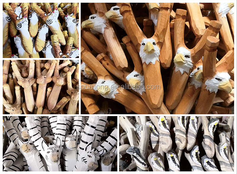 Ready to ship 15 years factory popular wood carving catapult kids toy animal wooden slingshot