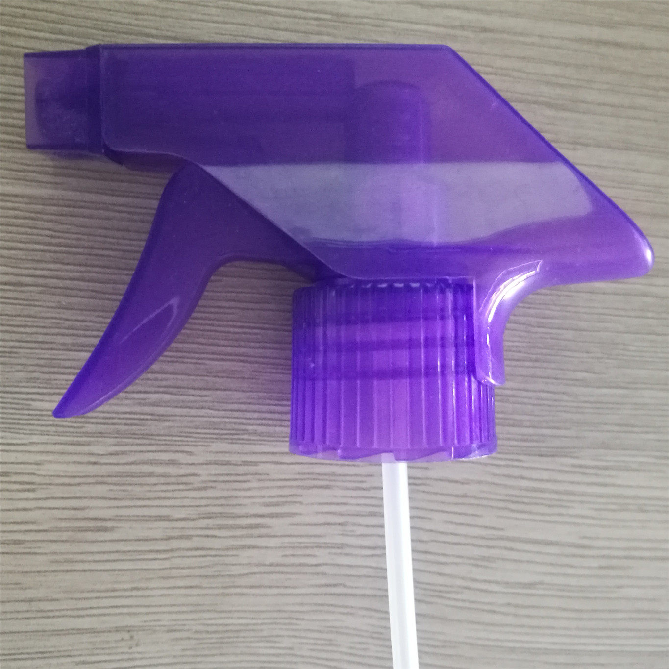 28/415 trigger sprayer for garden , for car cleaning and home cleaning in stock