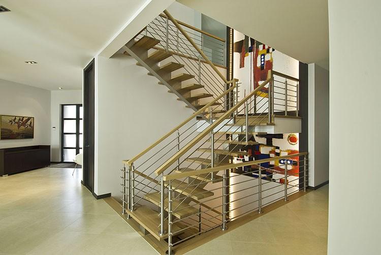 U vorm moderne indoor zolder prefab metalen gebruikt hout trappen