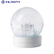 Hot sale resin white snow water globe with musical box for Christmas