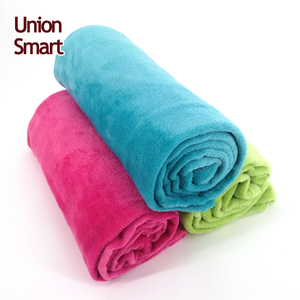China cheap flannel throw blanket sheet factory price