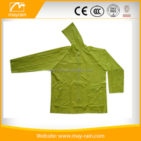 2017 new style womens rain jacket with hood