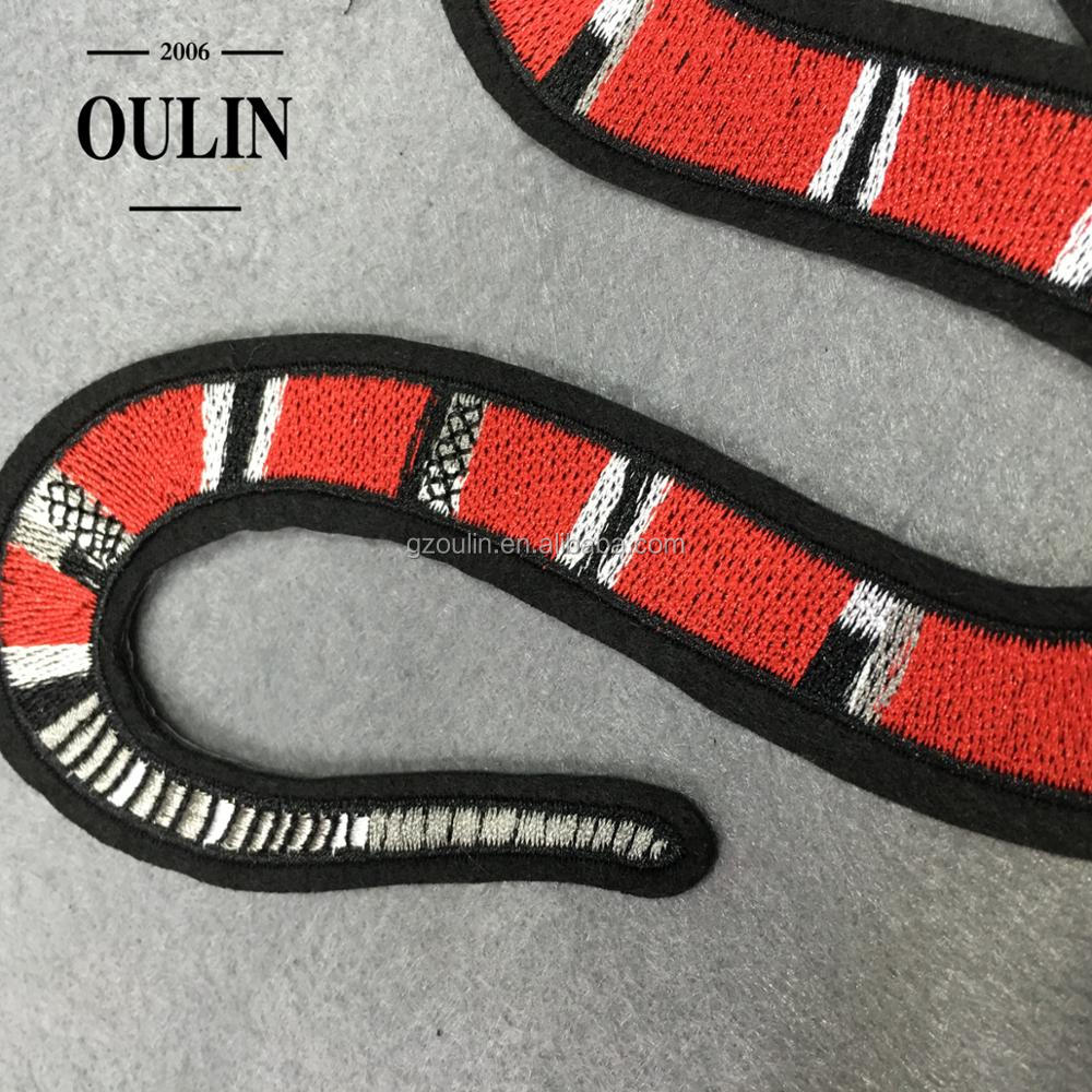 Embroidery patches snake patches hot selling design patches decoration appliques for clothes