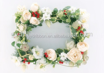 White Rose Flowers Tinsel Rattan Wreath For Wedding Head Wearing