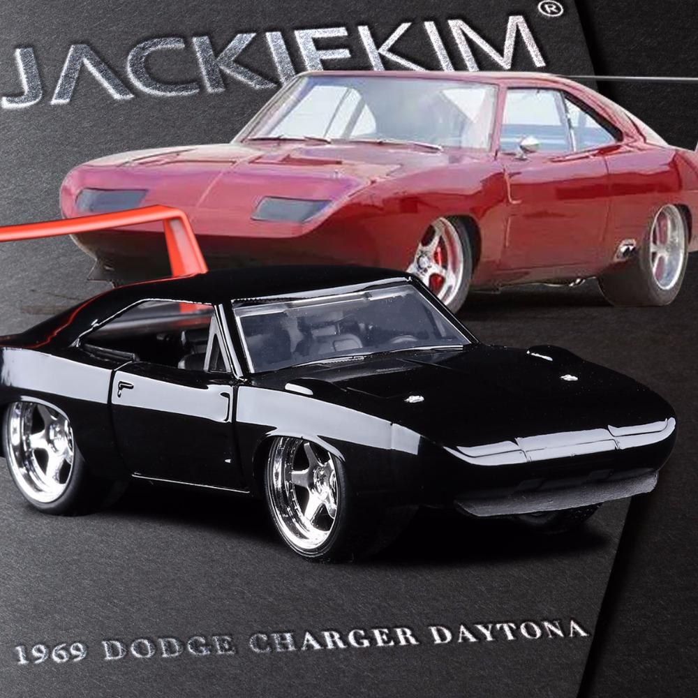 achetez en gros 1969 dodge en ligne des grossistes 1969 dodge chinois. Black Bedroom Furniture Sets. Home Design Ideas
