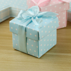 hotly sold spot dot design wedding favors gifts sweet paper box