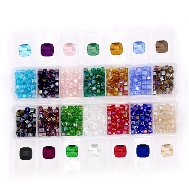 Wholesale china Crystals Beads Faceted Square Shape Cube Crystal Glass Beads