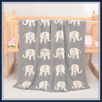 Niedlichen Elefanten Muster Grau Farbe Stricken Babydecke Warm ...