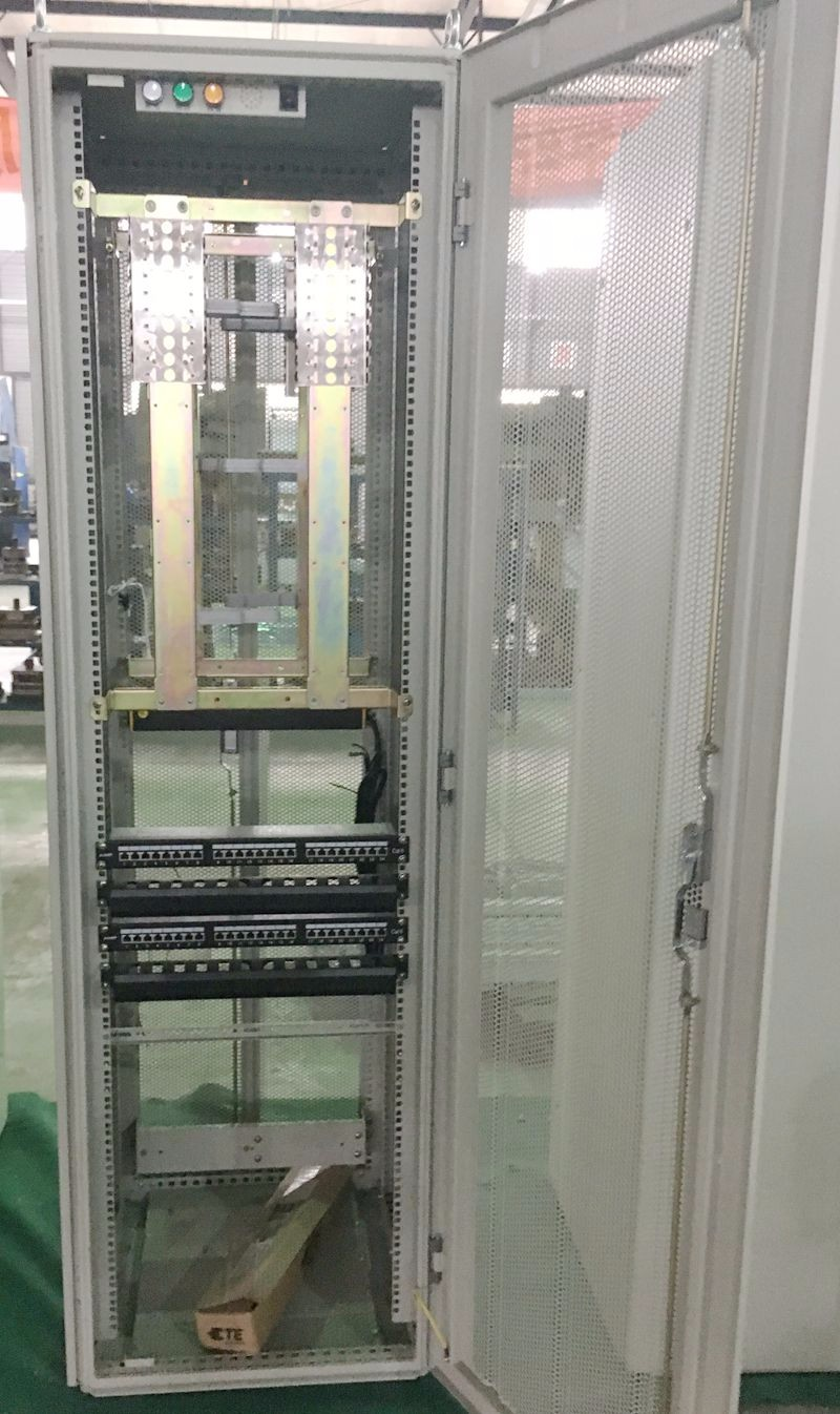 Outdoor FTTH Multicore Optic Fiber Distribution Cabinet
