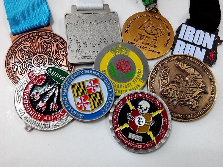 3mm thickness Wholesale custom medals with both sides 2D <strong>design</strong>