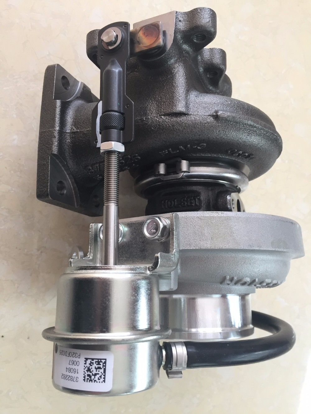Truck Excavator Engine Parts Sale Holsets HE351W Turbo 3782370 Diesel Engine ISDE Turbocharger