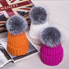 2017 New Winter Female Cashmere 100 acrylic Beanies Hats With Fox Fur pompom balls