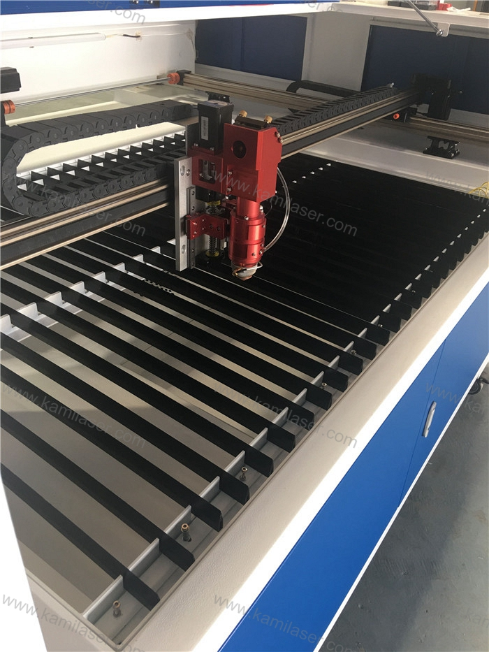 SS carbon steel laser cutting machine 150W Reci CO2 metal laser cutting machine 1300*900mm