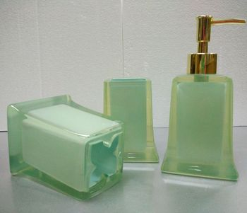 Limon Green Transparent Resin Bathroom Accessories Set Of 3 - Buy ...