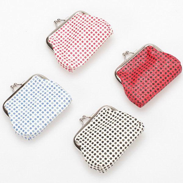 Search For Flights Novelty 1piece Silicone Gel Banana Coin Bag Purse Luggage & Bags 21cm Handbag Wallet Pocket Cosmetics Storage Bag Pouch 100% Original