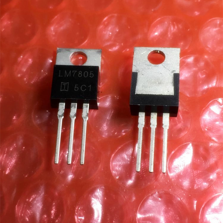 Hot cung cấp New IC Chip LM7805CT