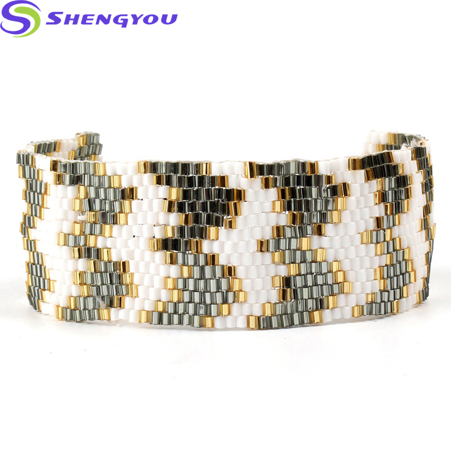 Wholesale Jewelry Natural Seed Beads Woven Snake Skin Pattern Fashion Bracelet