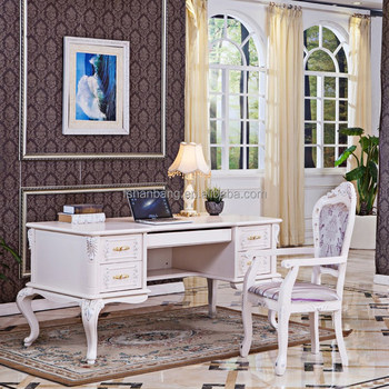 Exceptionnel French Baroque Style Executive Office Desk In White And Gold Or Silver