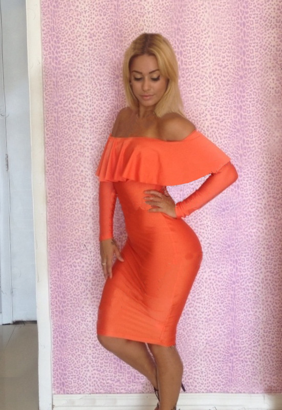 Shop for sexy dresses and sexy clothes for Women at cheap discount prices. Buy sexy dresses and sexy clothing inspired by celebrity and runway fashion styes. Whether you need a new party dress or pair of high heels for hitting the club, we carry some of the hottest, sexiest and most unique club wear available.