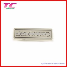 High Quality Fashion Bag Metal Brand Labels With OEM Design Logo