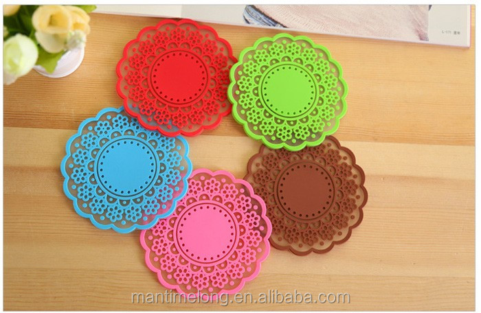 Vintage translucent hollow lace handmade dining table mat hot food table mat kitchen table mat