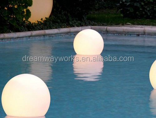 LED-floating-pool-ball-35cm-500x376.jpg