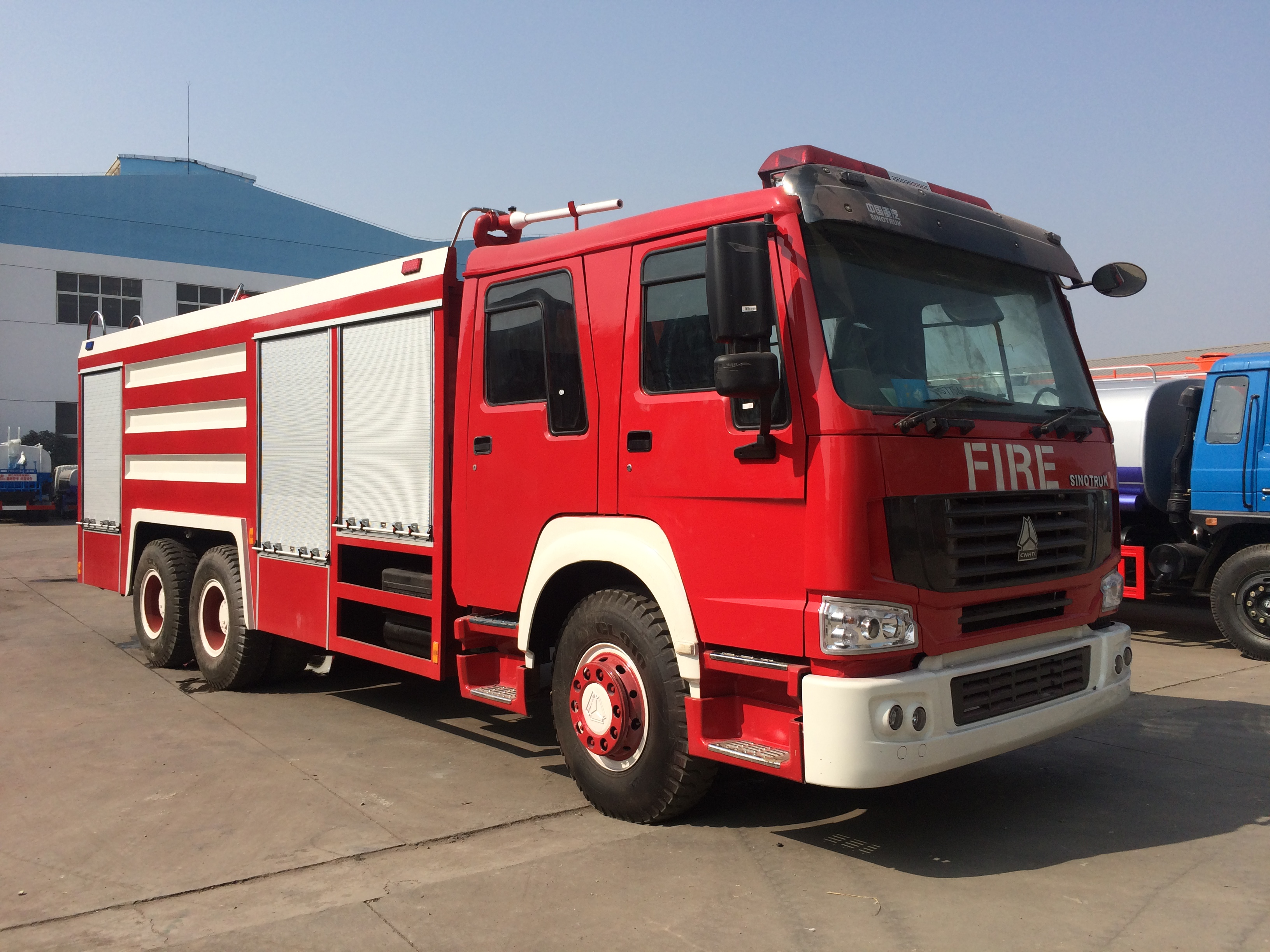 Sinotruk Howo 6X4 Right Hand Drive Fire Truck for Sale in Malaysia