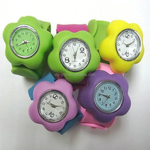 2015 hot sale silicone slap wrap watch for promotional gifts