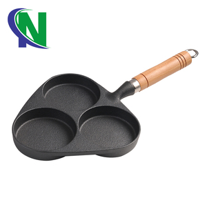 gas cooker and induction cooker egg fry pan divided frying pan