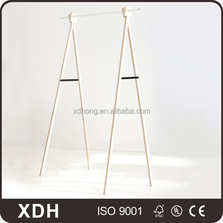 Customized clothing store furniture retail clothes display rack