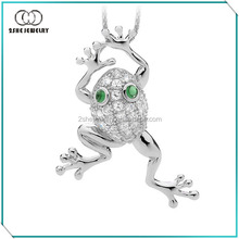 High Quality 925 silver green eye frog pendant