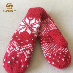 G1132 Christmas Red Snowflake Jacquard Gloves Knit Mitten
