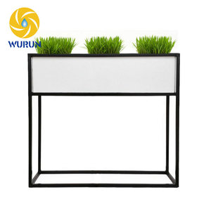 Wholesale Wire Garden Decoration Tall Metal Planter Display Iron Corner Plant Stand Outdoor