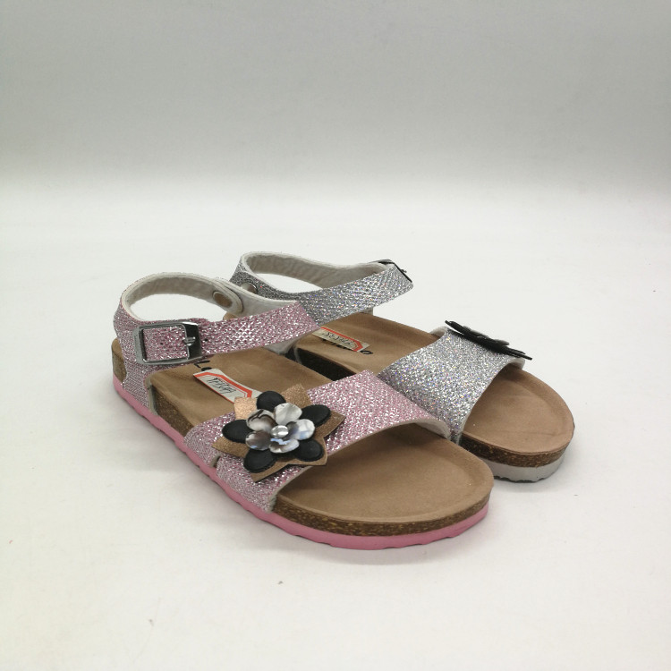 c817964b05 Proper Price Top Quality Nice Little Girls Nude Beach Flowers Sandals Bow  Patent Metallic Mesh PU Leather Mid Heel Sandals